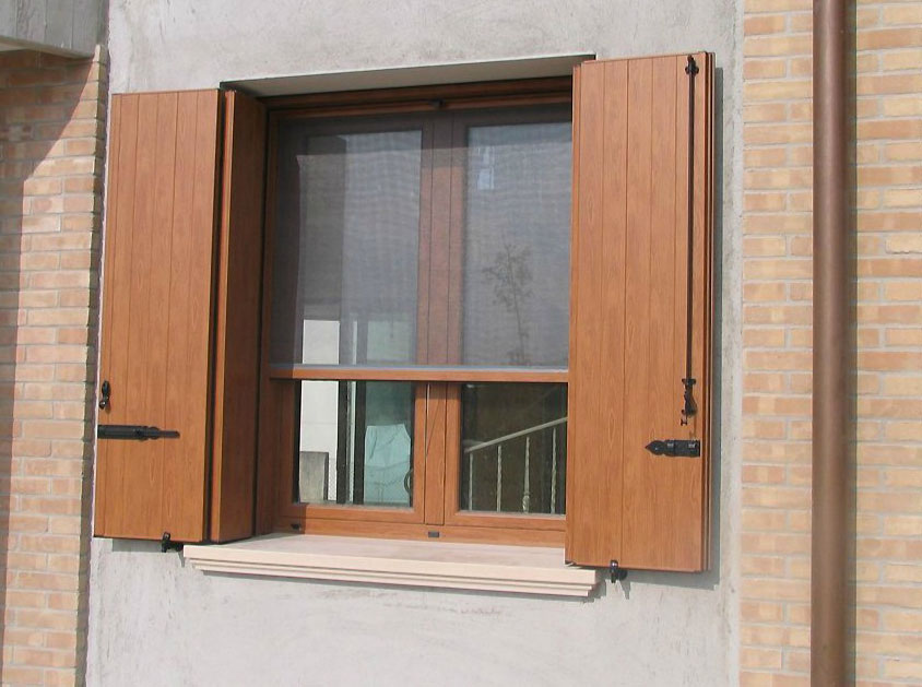 Scuri e serramenti pd infissi infissi finestre e serramenti padova - Finestre in legno prezzi ...